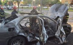 <em>Hír szerkesztése</em> FRISSÍTVE – Felrobbant egy autó Aradon, egy személy meghalt [VIDEO]