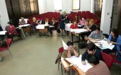 <em>Hír szerkesztése</em> Romántanárok szakmai tanácskozása a románnyelv-oktatásról