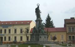 <em>Hír szerkesztése</em> Tizenöt éve áll köztéren a Szabadság-szobor