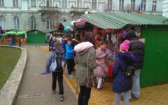 <em>Hír szerkesztése</em> Húsvéti vásár a városháza előtt