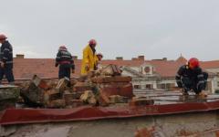 <em>Hír szerkesztése</em> Emberéletet követelt Aradon a vihar [VIDEÓ]