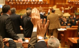parlamenti szavazas