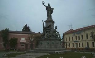 Roman-magyar megbekelesi park (6)